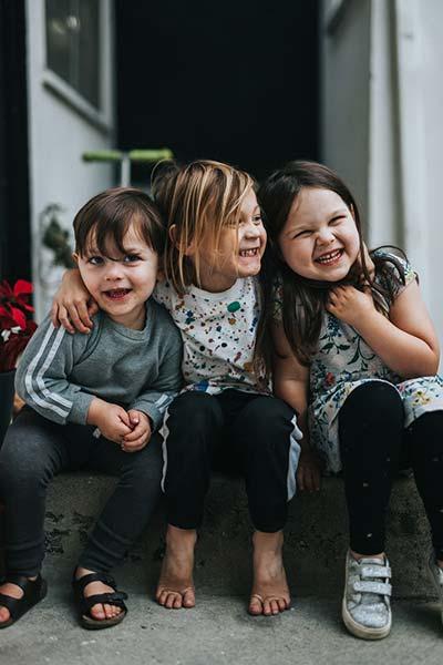 Rule of Odds-3 kids in Frame