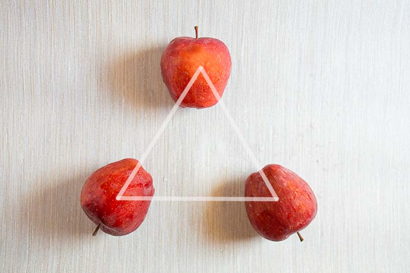Rule of odds with 3 apples